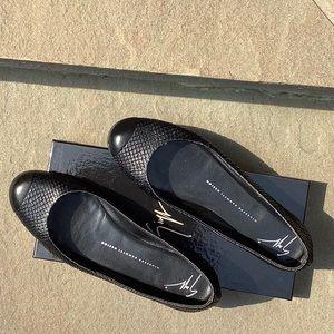 Giuseppe Zanotti Black ballet Flats size 8